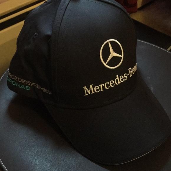 Puma Mercedes AMG Petronas F1 2014 Men s. M 5a3d39e2fcdc31544d020e30 c9588f8dbe55